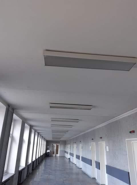 """""""Saulės Dominija"""" - nuo š.m. gegužės mėn. vykdo Šiaulių miesto poliklinikos renovaciją. Koridorius PRIEŠ remontą."""